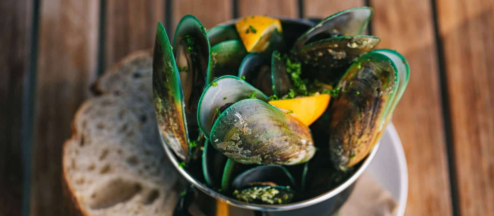 Bowl of steamed Mills Bay mussels